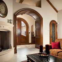 belle arche à l'intérieur de la photo du couloir