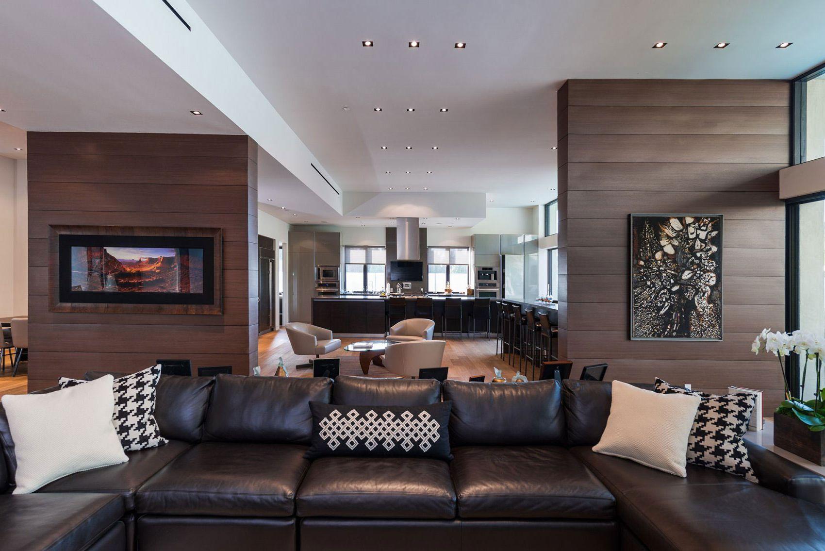 skaists dzīvokļa dekors šokolādes krāsā