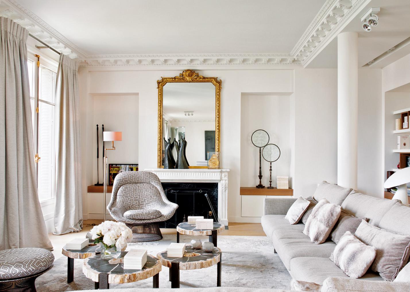 gaišs dzīvokļa interjers franču stilā