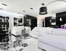 šiks stila viesistaba melnbaltā krāsā