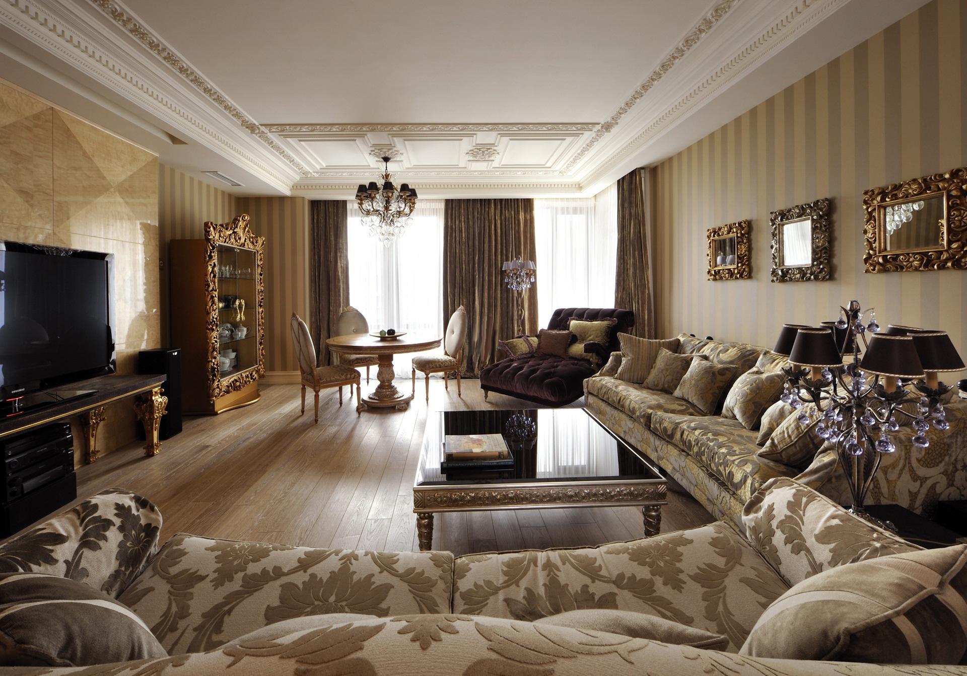 lengvo art deco stiliaus namai