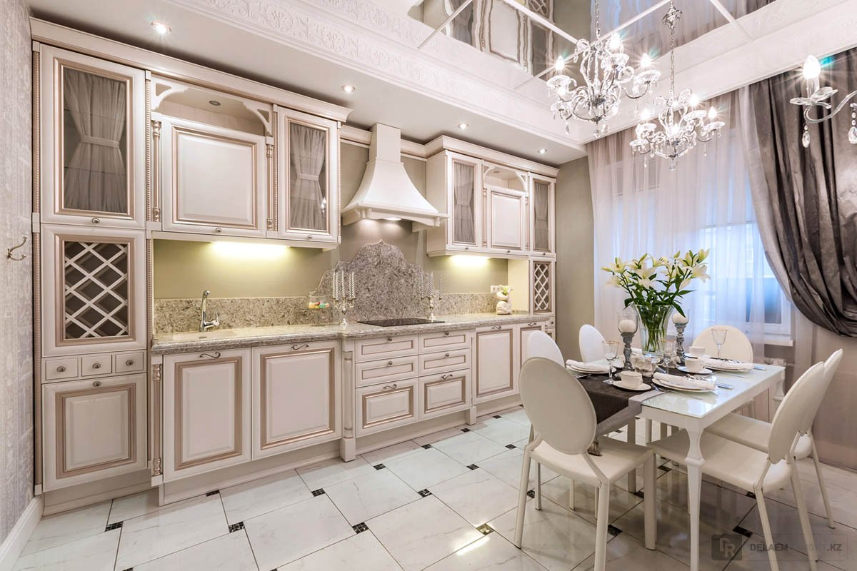 gaišs franču stila viesistabas dekors