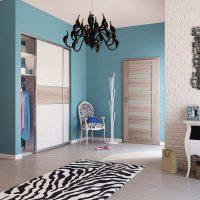 spilgtas durvis guļamistabas attēla interjerā