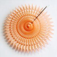 papīra ventilators koridora attēla stilā