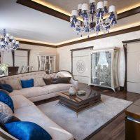 gaismas dekoratīvā stila dzīvokļa foto