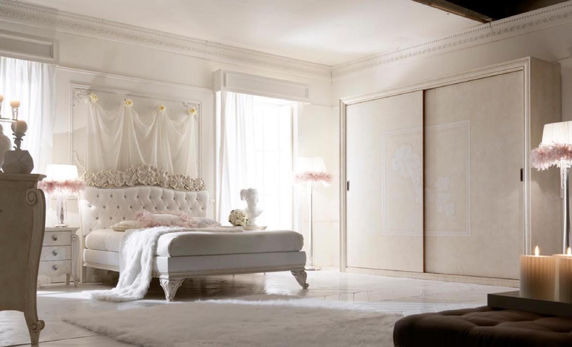 gaišs franču stila koridora dizains