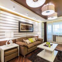 skaists dzīvokļa dizains šokolādes krāsas attēlā