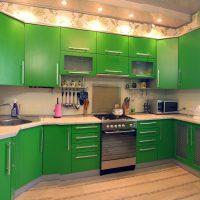 skaista pistāciju krāsa dzīvokļa attēla interjerā