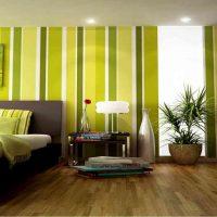 spilgta pistāciju krāsa guļamistabas foto dekorā