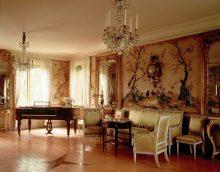 košā rokoko stila dzīvokļa foto