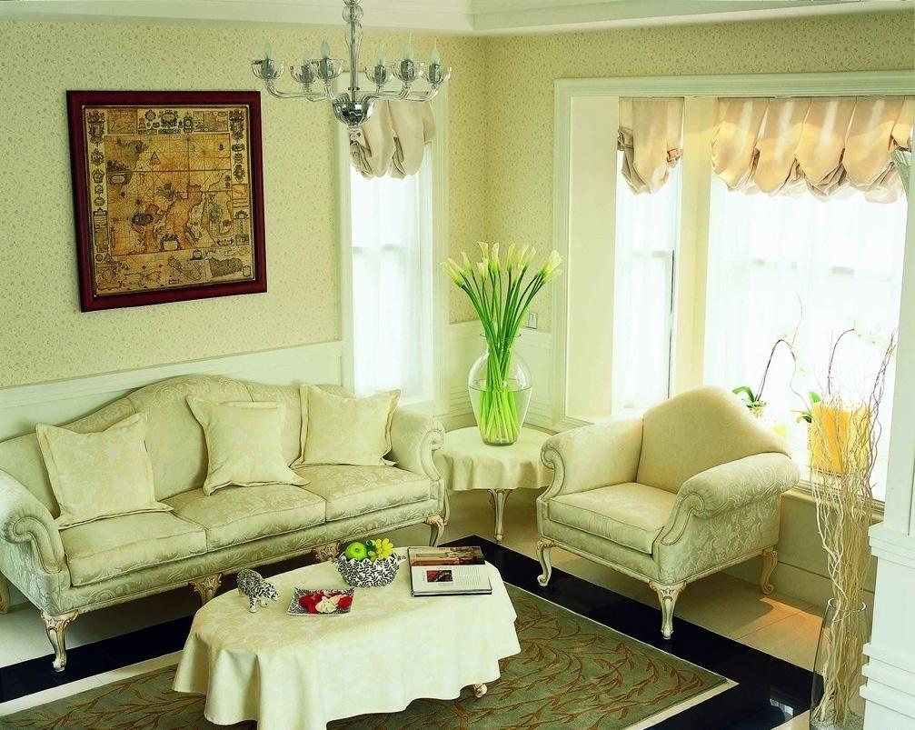 neparasta pistāciju krāsa dzīvokļa dekorā