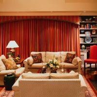 mājīgs neparasta interjera dzīvokļa foto