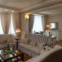 mājīgs skaists guļamistabas interjera attēls