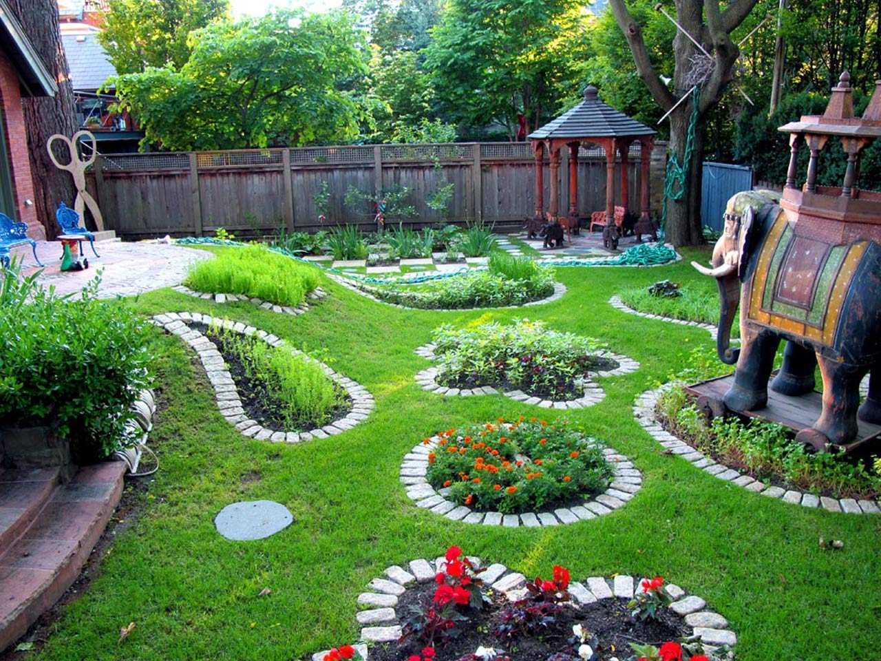 belle création de design d'une résidence d'été avec des pierres