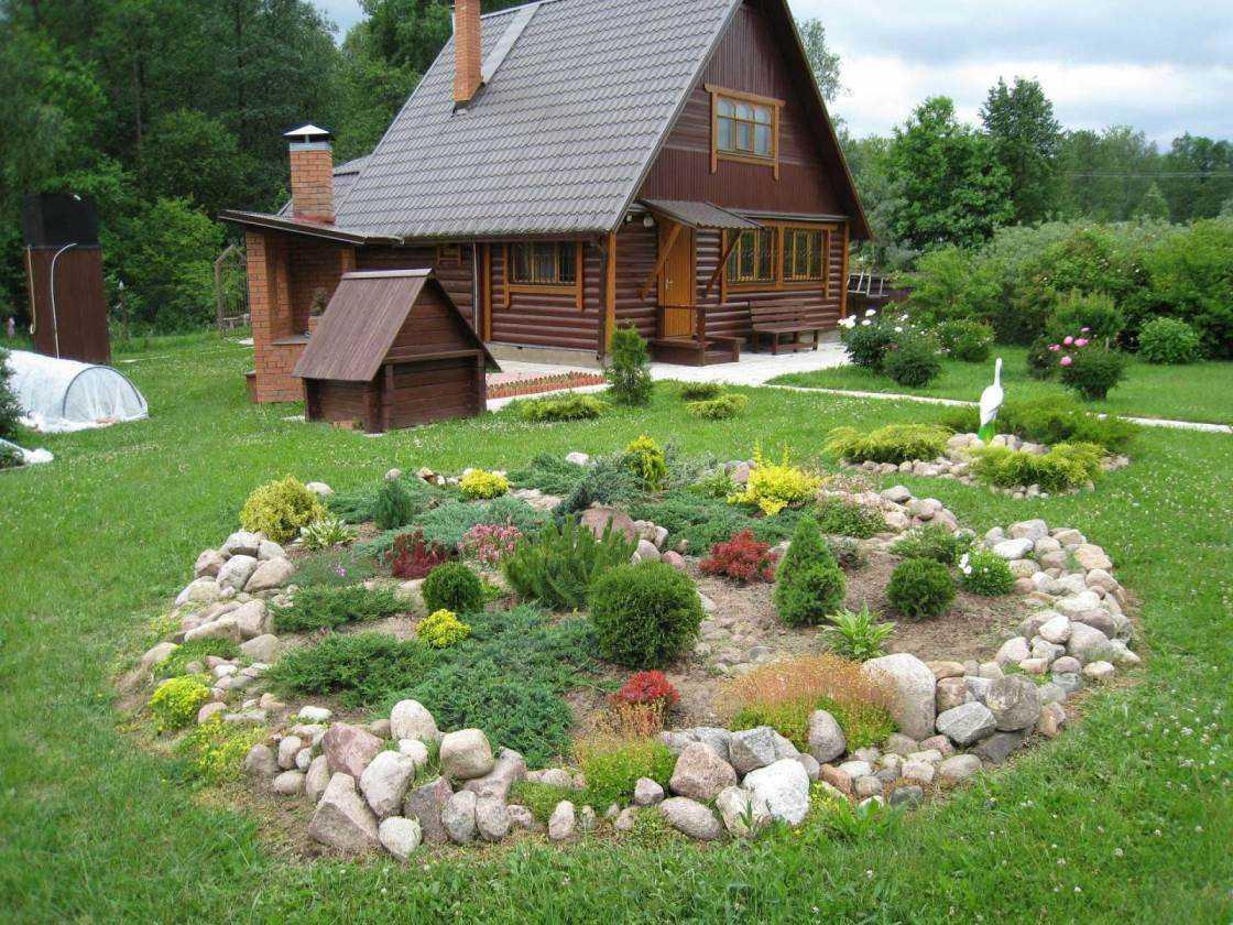 design original d'une maison de campagne avec des pierres