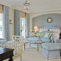 gaišs istabas stils zilā foto krāsā