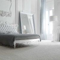 neparasts dzīvojamās istabas dizains Viktorijas laikmeta stila fotoattēlā