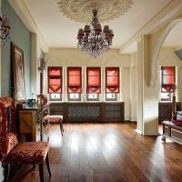 neparasta istabas fasāde austrumu stila attēlā