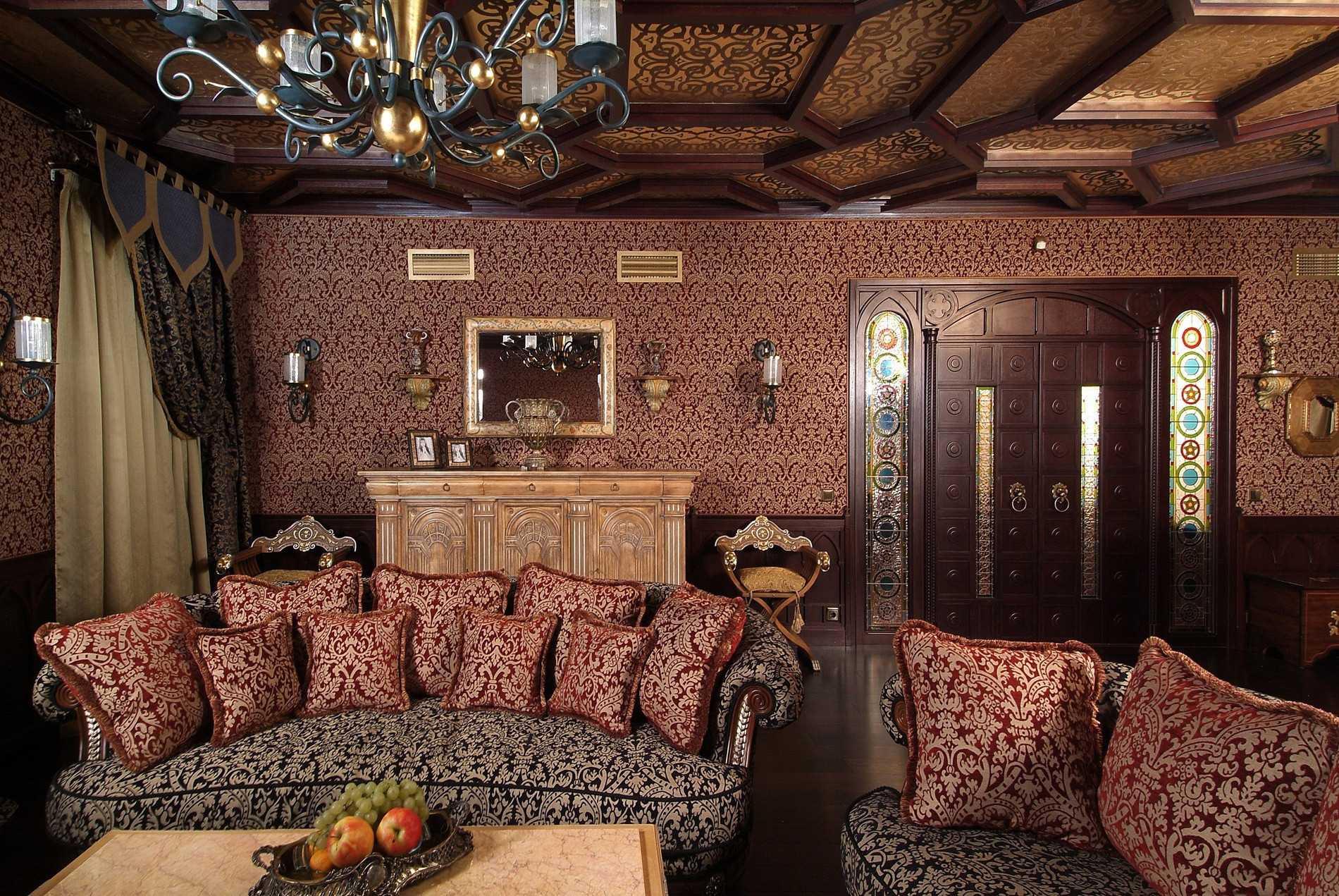 neparasta dzīvokļa fasāde austrumu stilā