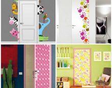 oriģināls ieejas durvju rotājums ar improvizētu materiālu foto