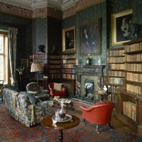 skaists Viktorijas laika stila dzīvokļa dekoru foto
