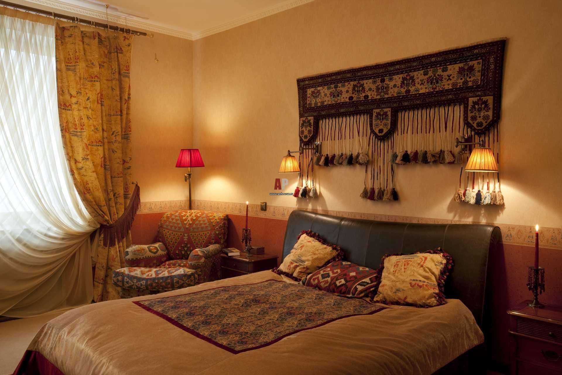 neparasts guļamistabas stils austrumu stilā