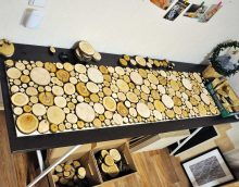 light design living room with wood sawn picture