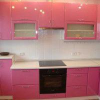 tumši rozā kombinācija dzīvokļa dekorā ar citu krāsu attēlu