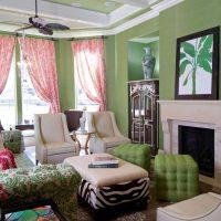 tumši rozā kombinācija dzīvokļa dizainā ar citu krāsu attēlu