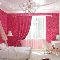 gaiši rozā kombinācija istabas dizainā ar citu krāsu attēlu
