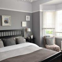 kombinacija tamno sive boje u stilu fotografije kuće
