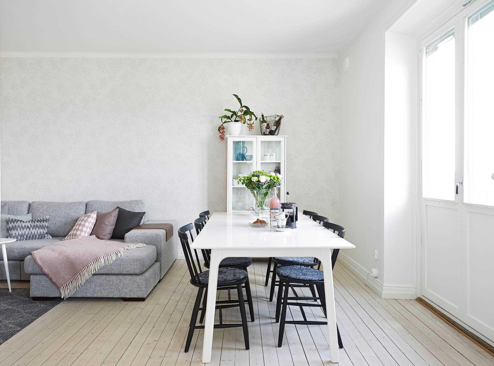 kombinacija tamno sive u stilu kuće