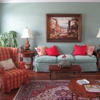 tumši rozā istabas dekoru kombinācija ar citu krāsu attēlu