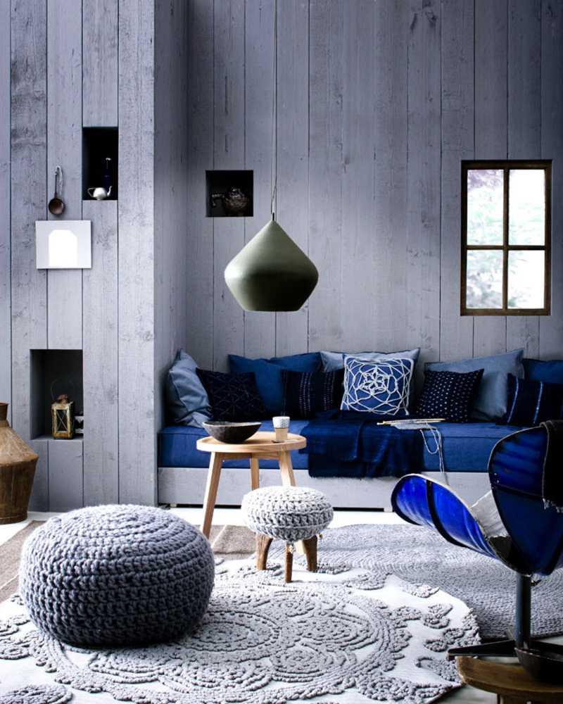 kombinacija svijetlo sive boje u dizajnu dnevne sobe