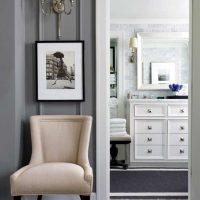 kombinacija svijetlo sive u stilu fotografije spavaće sobe