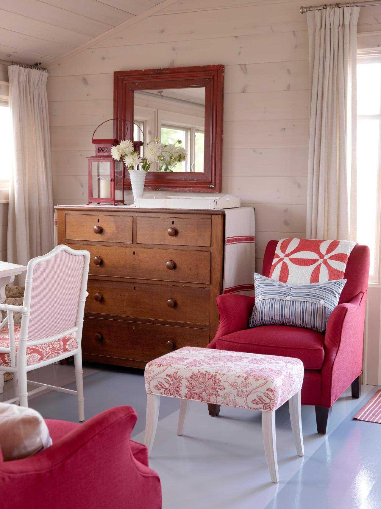 gaiši rozā istabas interjerā kombinācija ar citām krāsām