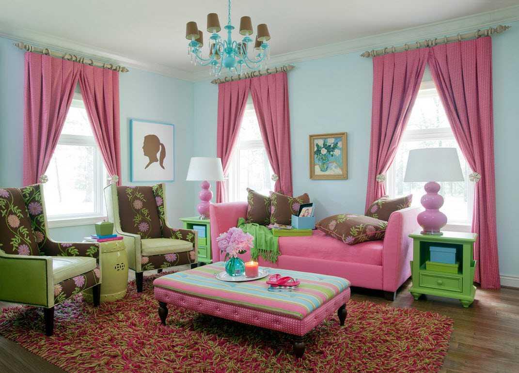 tumši rozā kombinācija mājas stilā ar citām krāsām