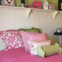 tumši rozā kombinācija mājas stilā ar citu krāsu attēlu