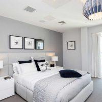kombinacija tamno sive boje u unutrašnjosti slike stana
