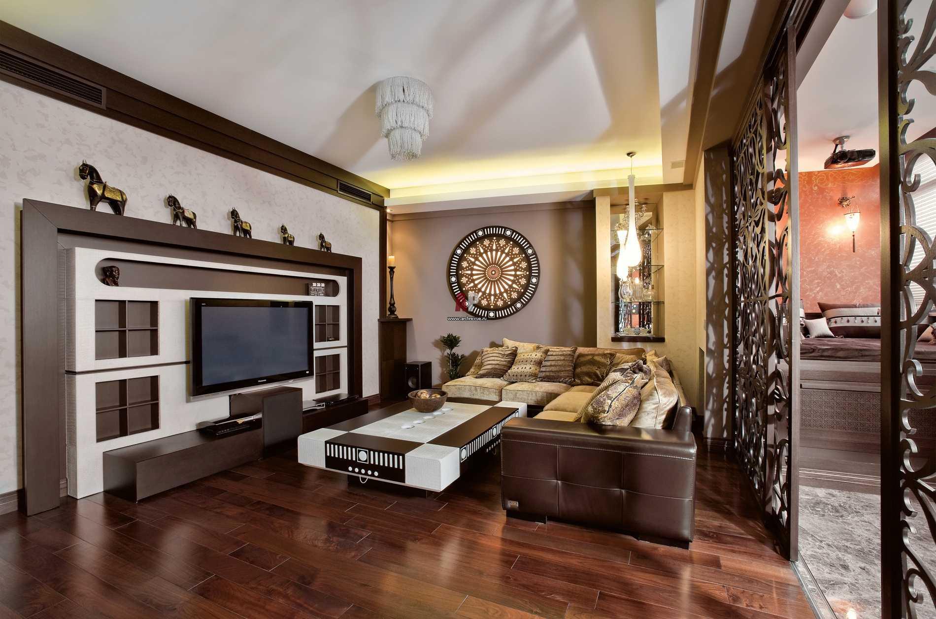 gaišs guļamistabas interjers austrumu stilā