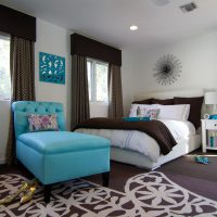 gaišs istabas dizains zilā foto krāsā
