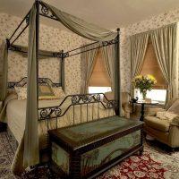 Viktorijas laikmeta stila viesistabas dekoru foto