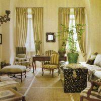 tumšā stila viktoriāņu stila dzīvokļa foto