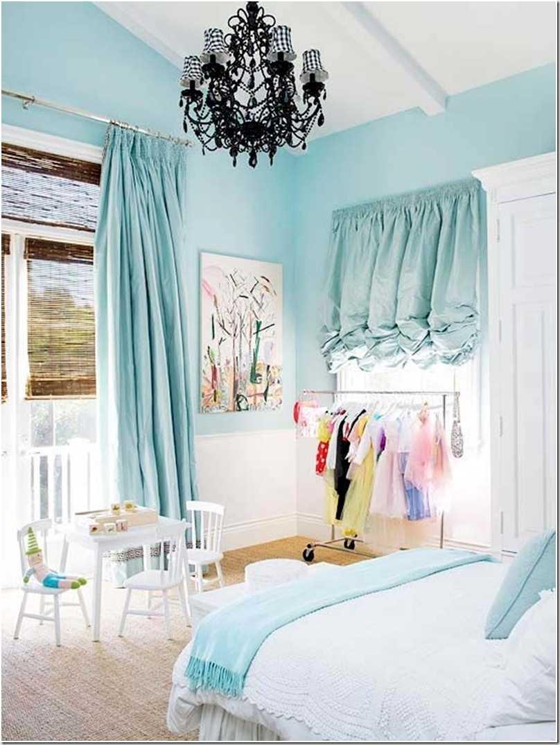 oriģināls guļamistabas stils zilā krāsā