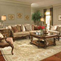 skaista viktoriāņu stila dzīvokļa bilde