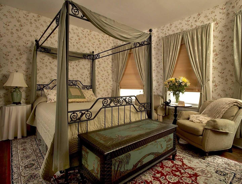 spilgts Viktorijas laikmeta guļamistabas dizains
