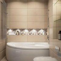 ideja par skaistu vannas istabas stilu dzīvokļa fotoattēlā
