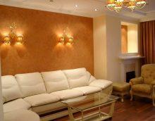 neparasta dekoratīvā apmetuma iespēja guļamistabas attēla stilā