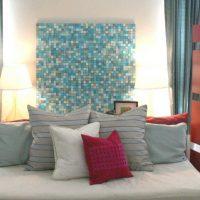 ideja par spilgtu sienu dizainu fotoattēla telpās