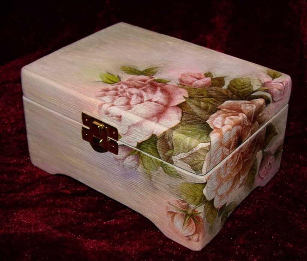 ideja par oriģinālu DIY dārglietu kastīti